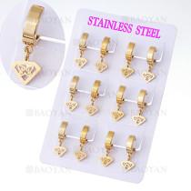 aretes con dije mariposa en acero de dorado para mujer-SSEGG385004