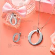 Conjunto de Collar y Aretes en Acero Inoxidable -SSNEG126-10144