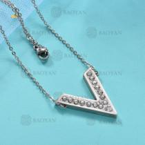 Collar de Acero Inoxidable para Mujer -SSNEG143-12026