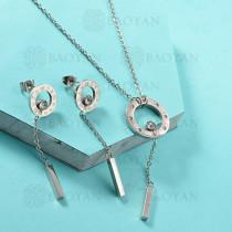 Conjunto de Collar de Numerales romanos en Acero Inoxidable -SSNEG143-13036