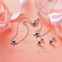 Conjunto de Collar y Aretes en Acero Inoxidable -SSNEG126-10119