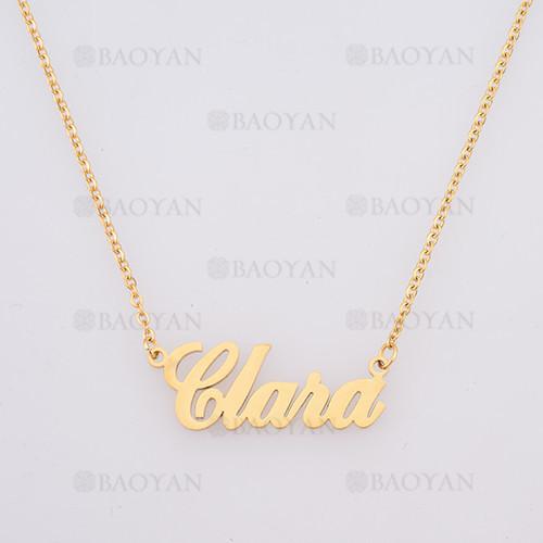 collar con nombre Clara en acero dorado inoxidable - SSNEG384260