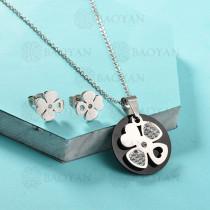Conjunto de Collar de Trebol en Acero Inoxidable -SSNEG143-13040