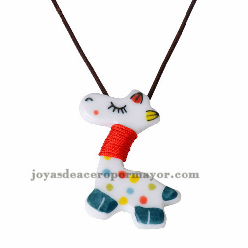 collar cuerda con dije jirafa caramica hermosa -ACNEG18035