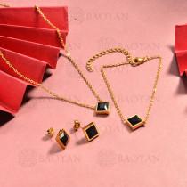 conjunto de collar y aretes en acero inoxidable -SSBNG126-15045