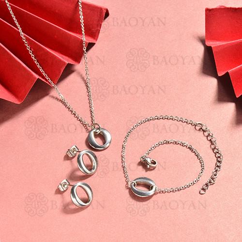 conjunto de collar y aretes en acero inoxidable -SSBNG126-15062