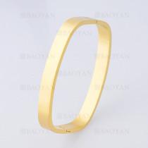 pulsera sencilla en acero de dorado -SSBTG1225233