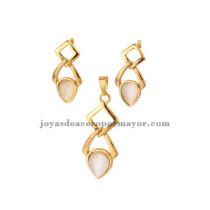 doble rhombus de oro dorado con piedra beige transparente para damas