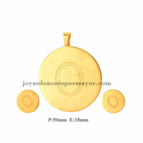 pendiente personalizado de letra  O en color dorado