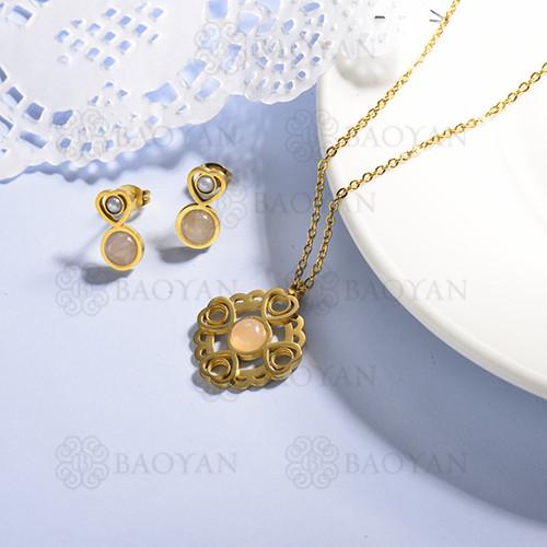 conjunto de collar y aretes en acero inoxidable -SSCSG143-15368-G
