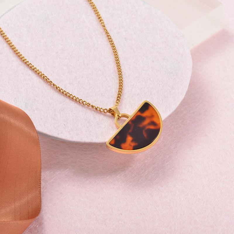 Collares Grueso de Leopardo en acero Inoxidable para Mujer -SSNEG142-25254