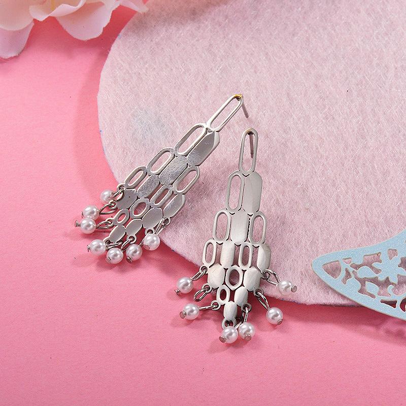 Aretes con perla Natural en acero inoxidable -SSEGG143-9304