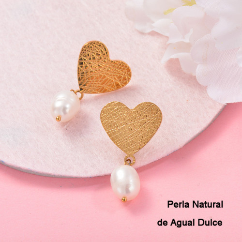 Aretes con perla Natural en acero inoxidable -SSEGG143-9120