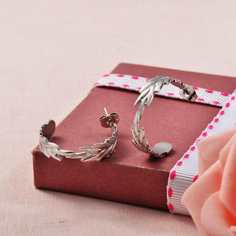 Aretes de Acero Inoxidable para Mujer -SSEGG129-25712