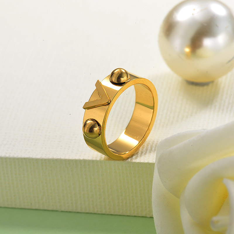 18K Gold Plated V Ring for Grils