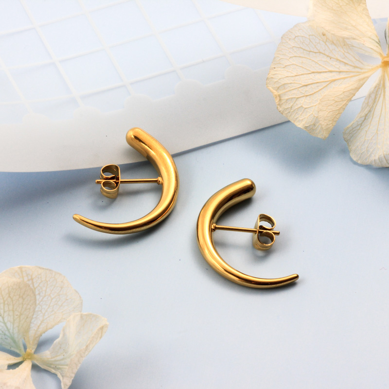 Stainless Steel 18K Gold Plated Minimalist Style Hoop Earrings -SSEGG143-32380
