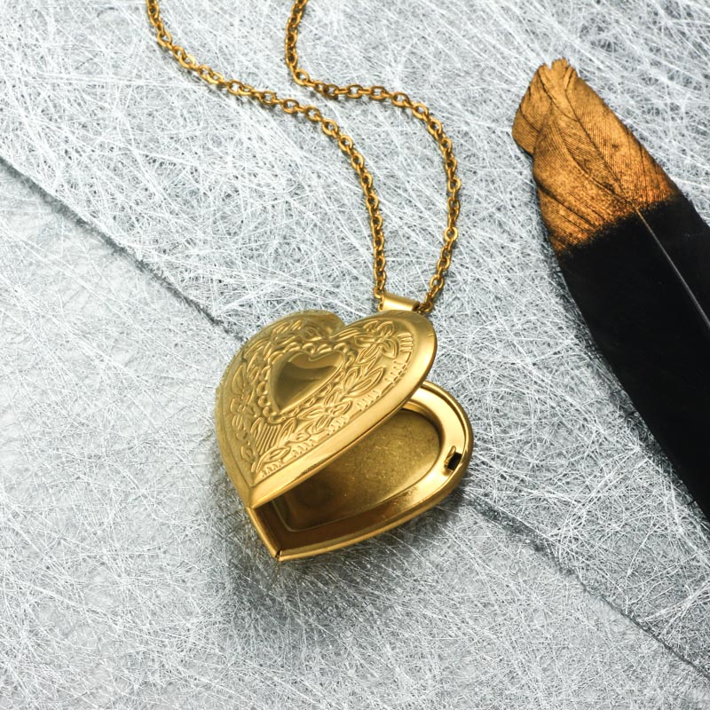 Stainless Steel 18k Gold Plated Locket Pendant Necklace -SSNEG143-32403