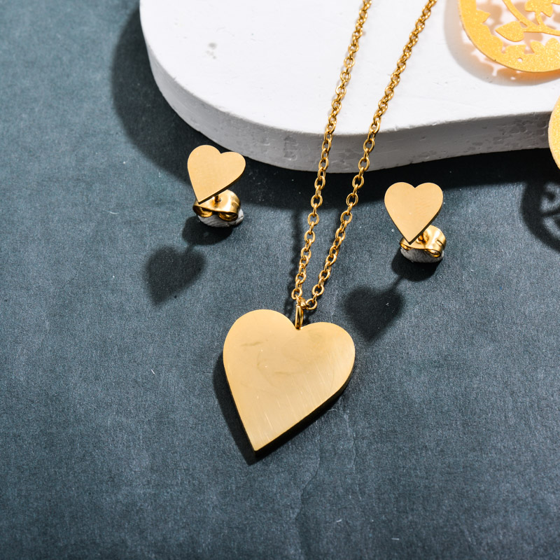 Stainless Steel 18k Gold Plated Heart Jewelry Sets -SSCSG143-32373