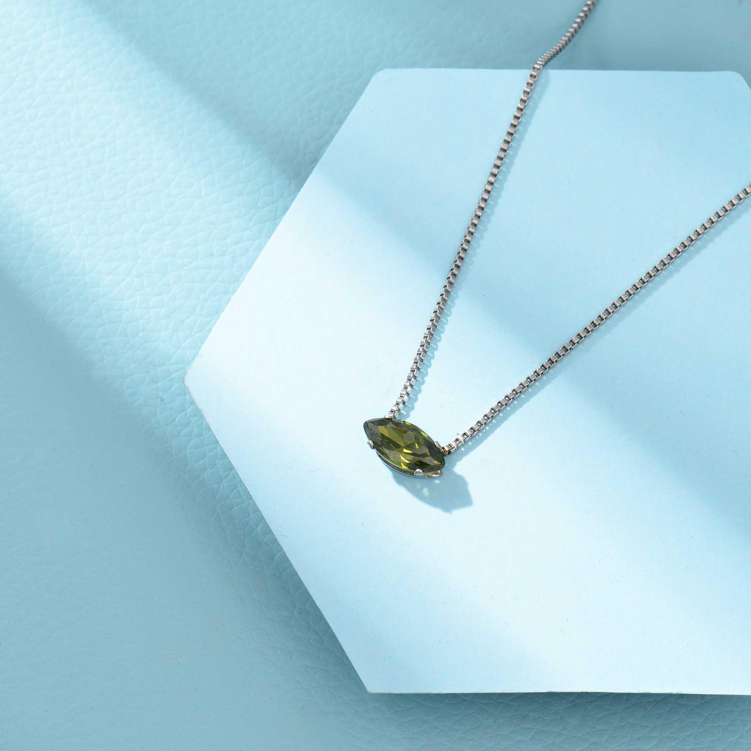 Collares de Acero Inoxidable para Mujer al por Mayor -SSNEG143-33855