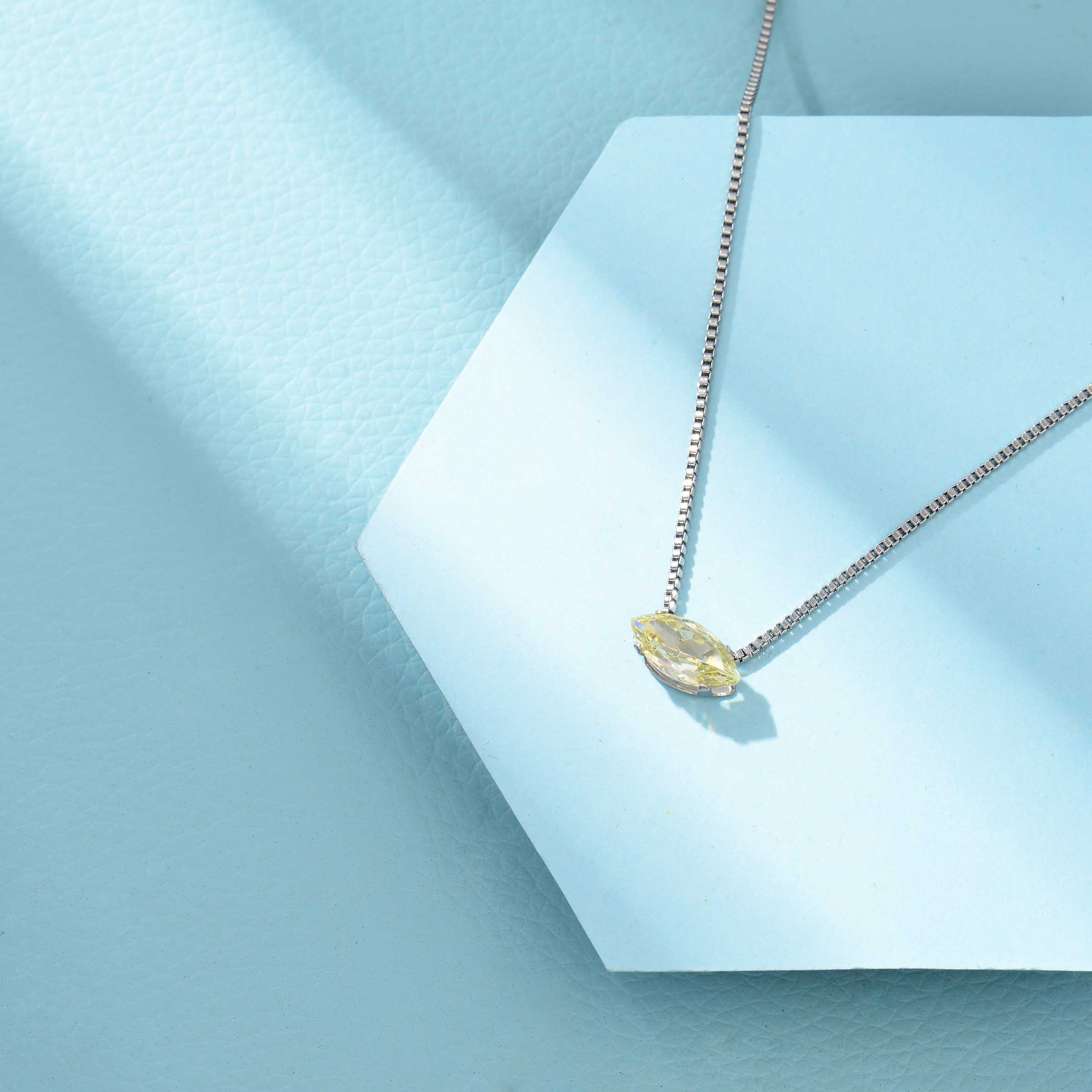 Collares de Acero Inoxidable para Mujer al por Mayor -SSNEG143-33856
