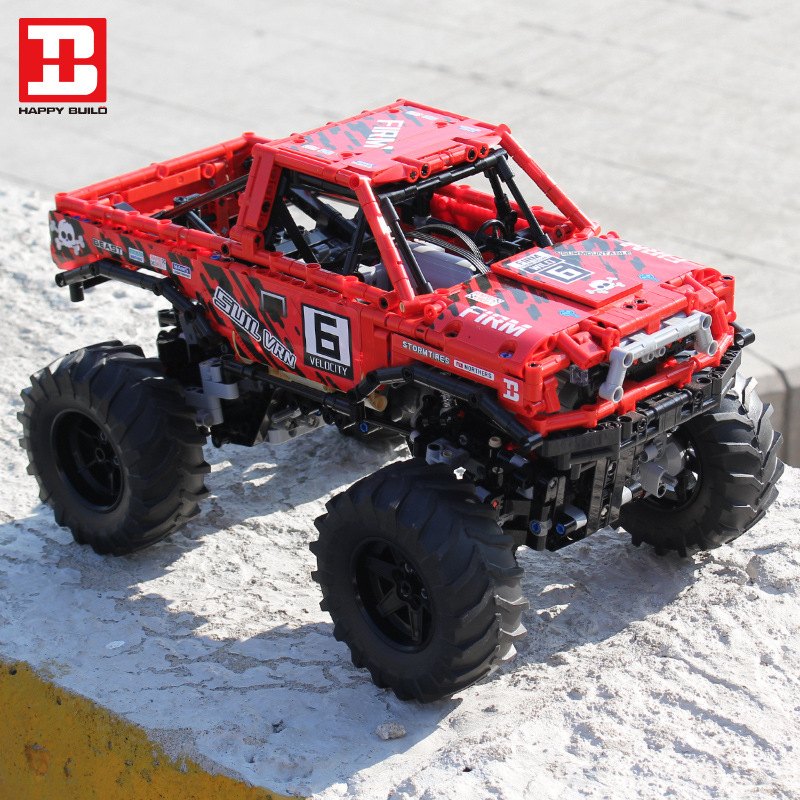 Monster Truck With Automated Differential Lock