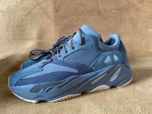 Authentic Yeezy 700  Teablu