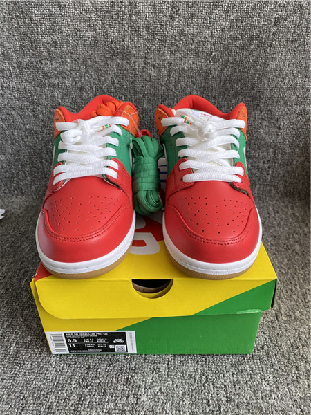 Authentic 7-Eleven x Nike SB Dunk Low GS