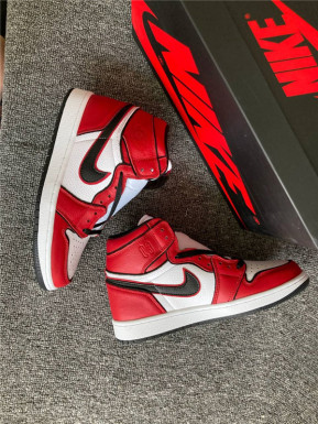 """Authentic Air Jordan 1 """"Blood Line 2.0"""