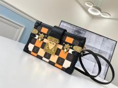 real shot LV female petite malle clamshell chequer makeup crossbody box bag gold hardware with removable and adjustable shoulder strap