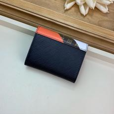 M67799 Louis vuitton/LV classic twist color-constacted clamshell three-folding small wallet