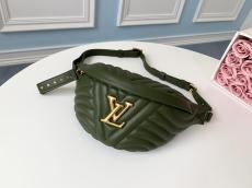 M55528 Louis Vuitton/LV Bumbag quited casual waist chest bag vintage Popper hardware