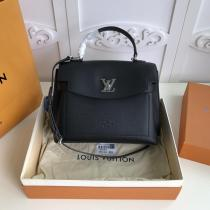 M53950 Louis Vuitton/LV color-contrast flap messenger handbag crossbody shoulder bag exquisite birthday present for girlfriend