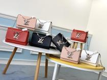 Louis VUitton/LV scratch-proof flap messenger sling-chain crossbody shoulder bag with iconic V-shape Twist Lock