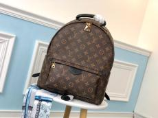 M41561 louis Vuitton/LV monogram canvas casual outdoor backpack elegant street ware