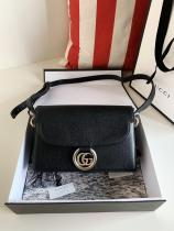 Gucci female casual clamshell messenger crossbody shoulder bag small size