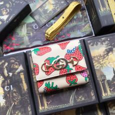 Gucci horsebit clamshell three-folding strawberry- pattern-printing small long purse coin pouch super cute
