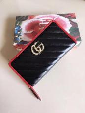 Gucci marmont  female V-shape quited zipper longwallet purse