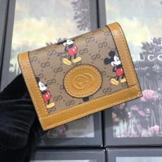 super cute Gucci female clamshell zipper triple-folding multi-slots small wallet purse disney limited edition
