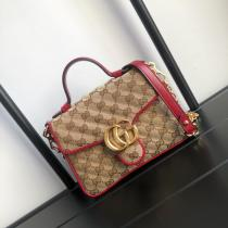 Small size Gucci marmont canvas V-shape quited portable camera bag retro clamshell Cambridge bag antique bronze hardware