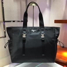 2VG042  Prada neutral waterproof large-capacity shopping travelling bag lightweight handbag