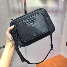 1BH017 Prada female pure-color waterproof nylon camera bag