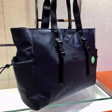 2VG042 Prada neutral recyclable nylon lightweight large-capacity shopping tote bag multi-purpose durable travelling bag