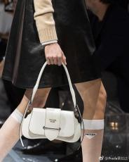 1BD168 Prada female pure-color vintage flap half-moon saddle bag equipped with twin shoulder strap silver hardware