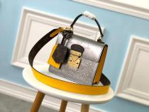 M90376 Louis Vuitton/LV spring street female stylish vintage portable doctor bag equipped with broad detachable and adjustable shoulder strap