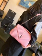 Yves Saint laurent/YSL monogram women chevron quilted portable messenger bag lightweight handbag Large size