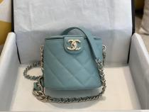 Chanel As88811 lady's casual quilted acrylic-chain-strap crossbody shoulder bag with iconic Double-C twist lock