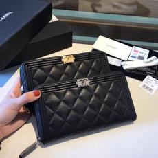 Chanel Le boy caviar black purse elegant quilted zipper long purse longwallet multislots card holder