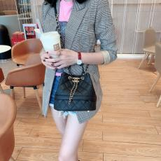 Chanel As0894 feminine quilted drawstring tassel bucket bag luxury portable crossbody bag caviar leather