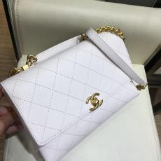 Chanel As0305  casual quilted vintage flap messenger bag top-handle handbag which iconic Double-C twist fastener