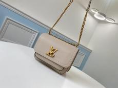 M57072 Louis vuitton/LV Lockme Chain Pm turn-lock crossbody messenger bag in antique bronze hardware